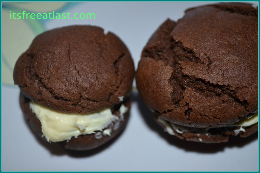 Homemade Chocolate Cookie Cream Sandwiches