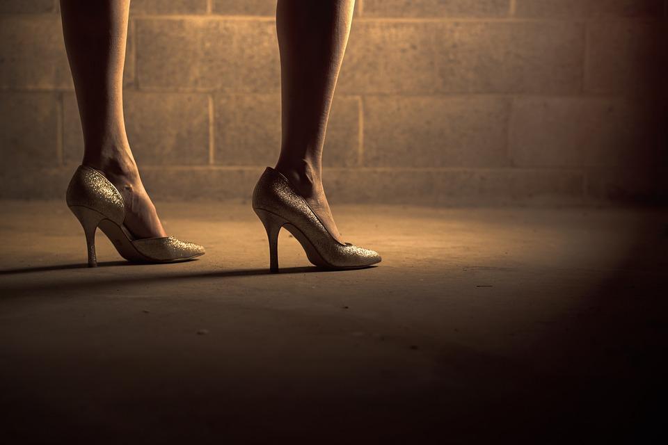 5_high heels