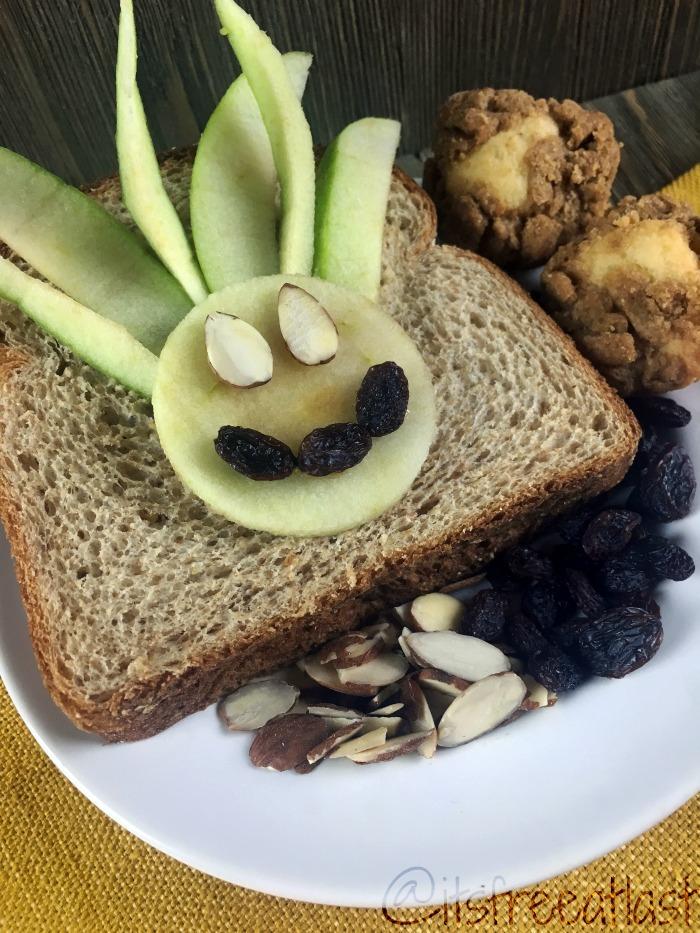 Peanut Butter Apple Sandwich