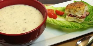 Steakhouse Potato Soup and Hawaiian Ham & Cheese Sliders for a Hearty Meal #IdahoanSteakhouseSoups