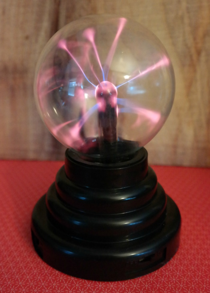 Plasma Ball Toy : Magic plasma ball educational and fun it s free at last