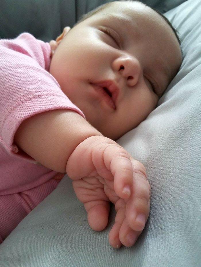 Upspring Probiotic + Colostrum for a Healthy Happy Baby