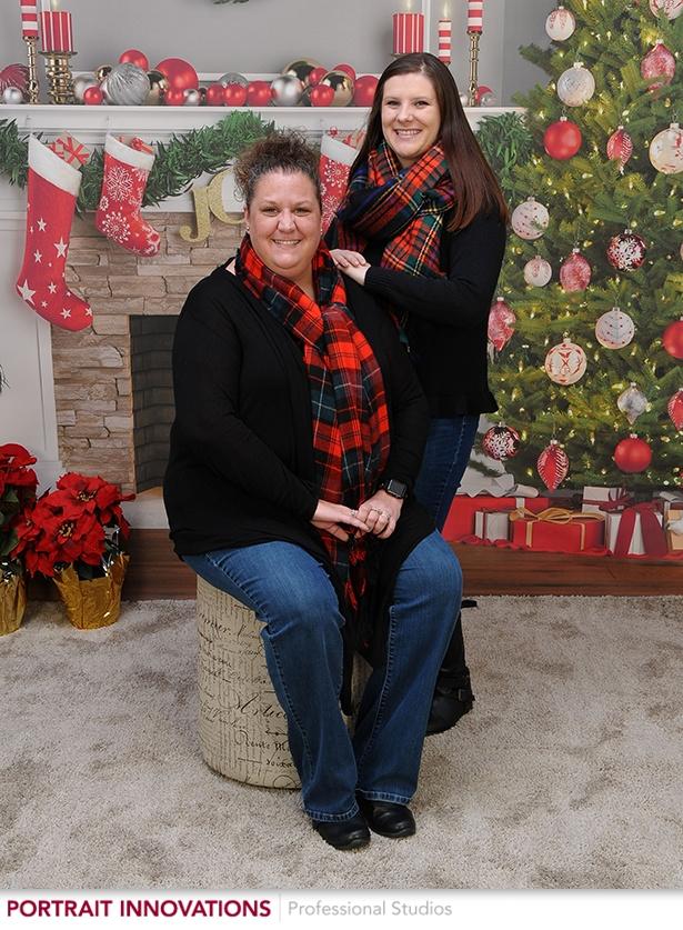 Holiday Family Photos with Portrait Innovations - Win a