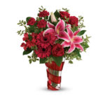 This Valentine's Day, #LoveOutLoud with Fresh Bouquets from Teleflora
