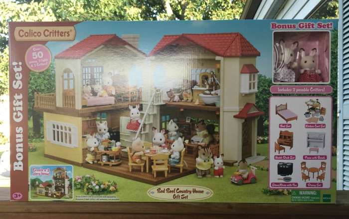 b71e1543f3a7 This would make a great gift for your little ones for this upcoming  holiday! So check out Calico Critters by EPOCH Everlasting Play today!