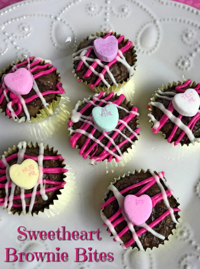 Sweetheart Brownie Bites #desserts #brownies #getinmybelly #sweets